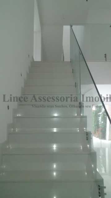 9 Escada Acesso Quartos - Casa em Condomínio Barra da Tijuca, Oeste,Rio de Janeiro, RJ À Venda, 5 Quartos, 600m² - TACN50001 - 16