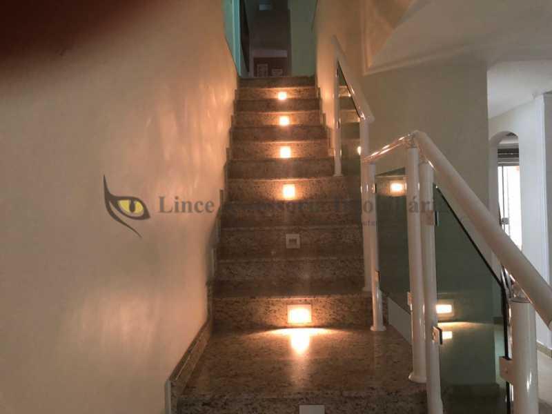 escada1 - Casa Bangu,Rio de Janeiro,RJ À Venda,3 Quartos,180m² - TACA30076 - 14