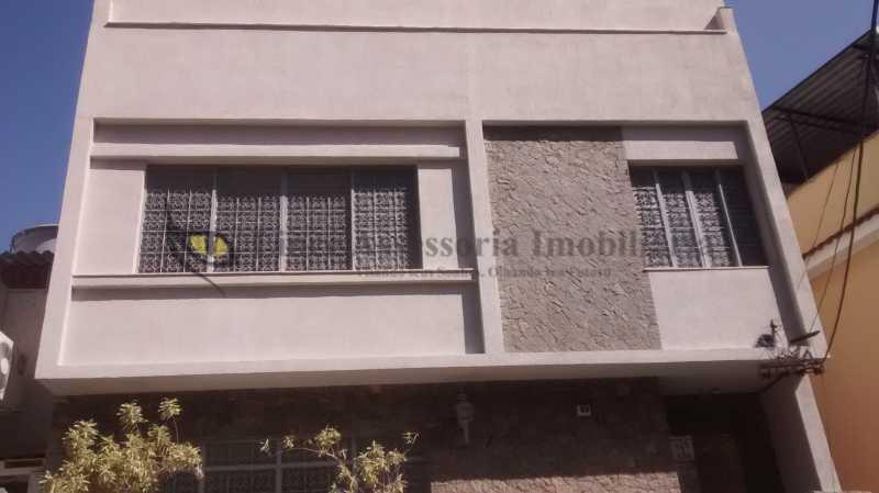 10 Fachada - Casa 5 quartos à venda Tijuca, Norte,Rio de Janeiro - R$ 1.200.000 - TACA50011 - 30