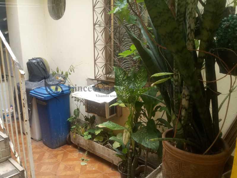 varanda de fundos 1.1 - Casa Todos os Santos, Rio de Janeiro, RJ À Venda, 3 Quartos, 73m² - PACA30088 - 29