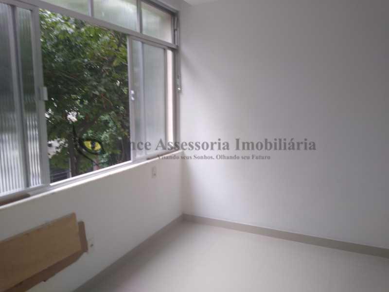 quarto 1 - Kitnet/Conjugado 35m² à venda Tijuca, Norte,Rio de Janeiro - R$ 300.000 - TAKI10027 - 8