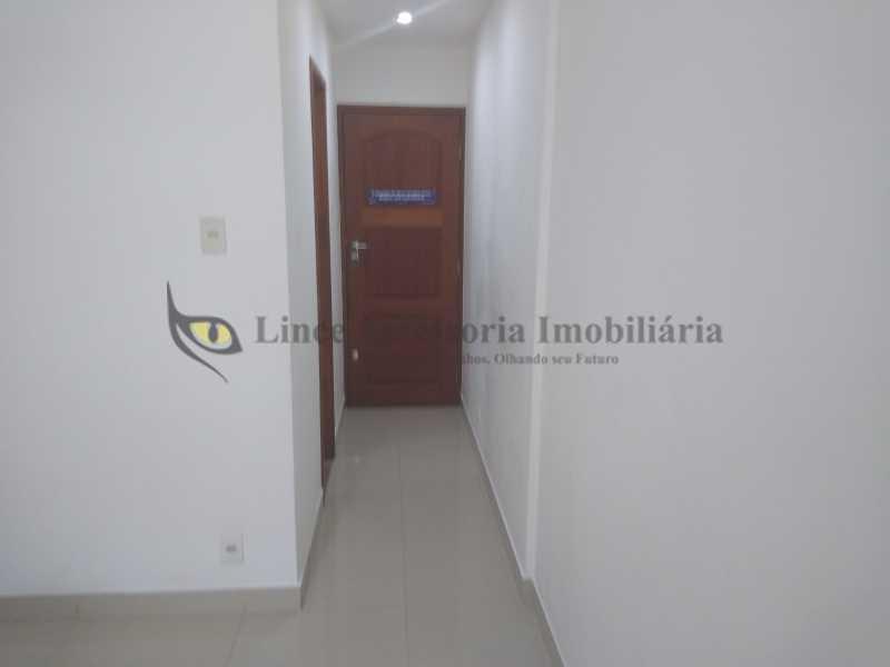 hall 1 - Kitnet/Conjugado 35m² à venda Tijuca, Norte,Rio de Janeiro - R$ 300.000 - TAKI10027 - 4