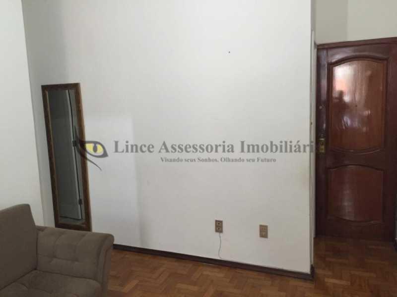 1B detalhe da sala - Cobertura 2 quartos à venda Tijuca, Norte,Rio de Janeiro - R$ 445.000 - TACO20086 - 4