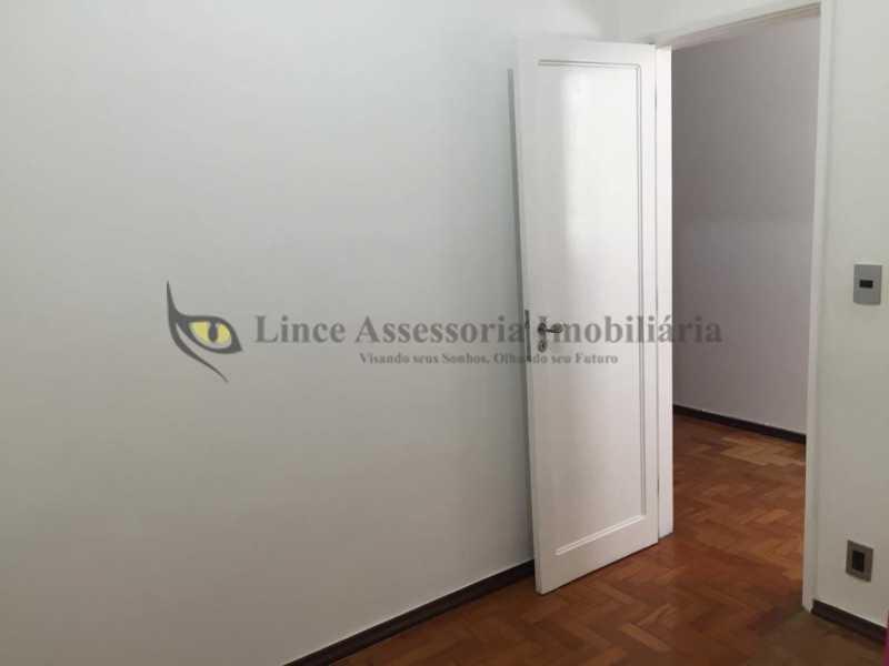 6 Detalhe do quarto - Cobertura 2 quartos à venda Tijuca, Norte,Rio de Janeiro - R$ 445.000 - TACO20086 - 9