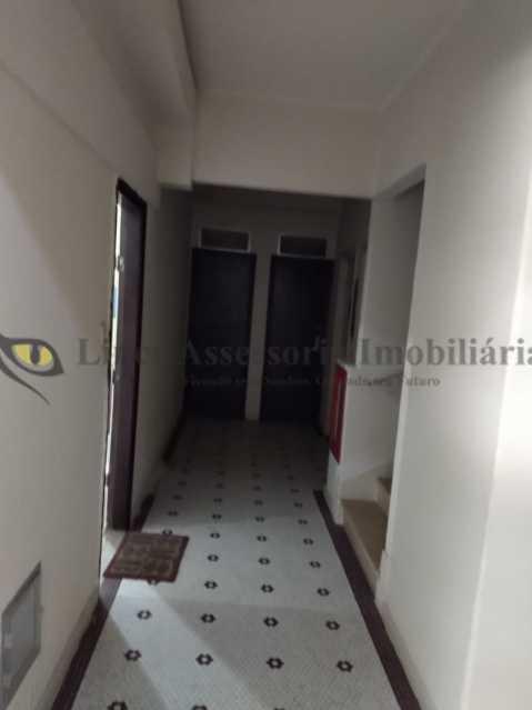 corredor do predio acesso ao a - Apartamento 1 quarto à venda Copacabana, Sul,Rio de Janeiro - R$ 380.000 - TAAP10463 - 1