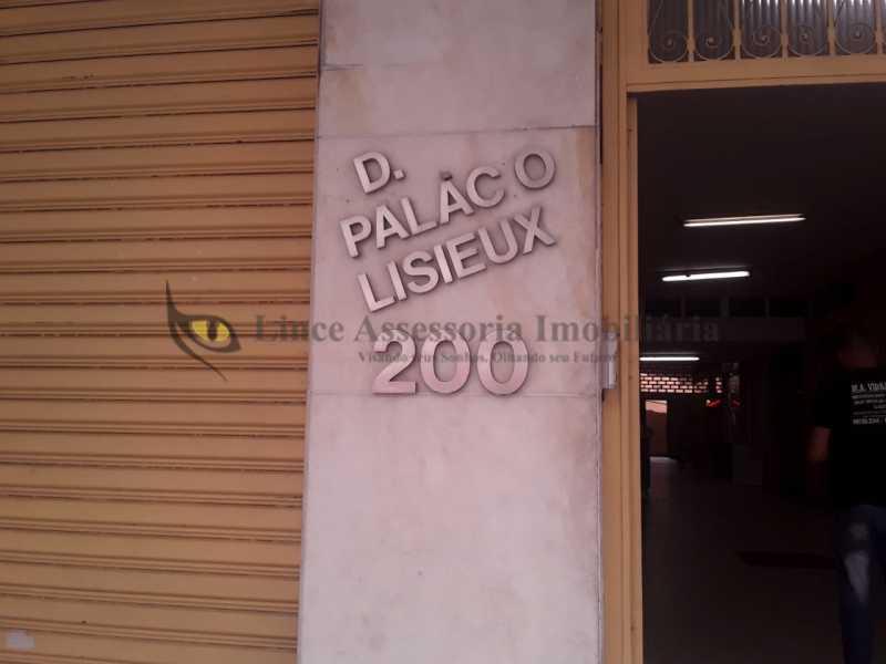 entrada da galeria - Kitnet/Conjugado 18m² à venda Tijuca, Norte,Rio de Janeiro - R$ 145.000 - TAKI00093 - 1