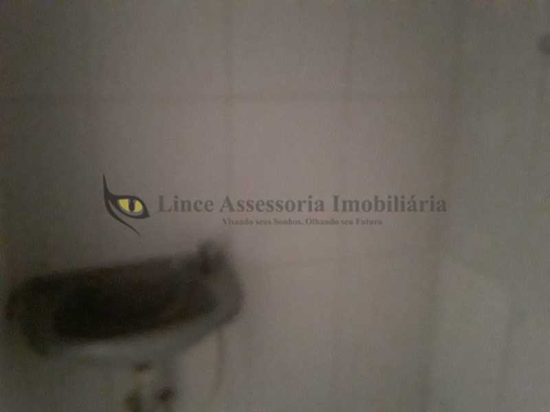 banheiro do apto - Kitnet/Conjugado 18m² à venda Tijuca, Norte,Rio de Janeiro - R$ 145.000 - TAKI00093 - 27