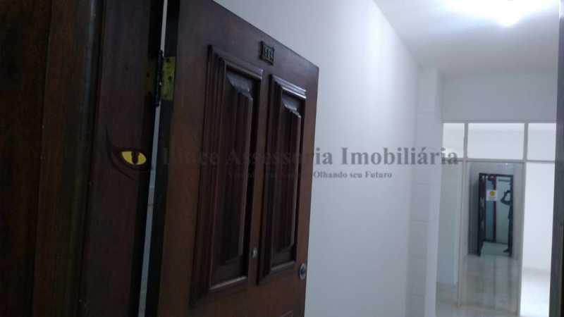 25 - Kitnet/Conjugado 35m² à venda Centro,RJ - R$ 160.000 - TAKI00094 - 26
