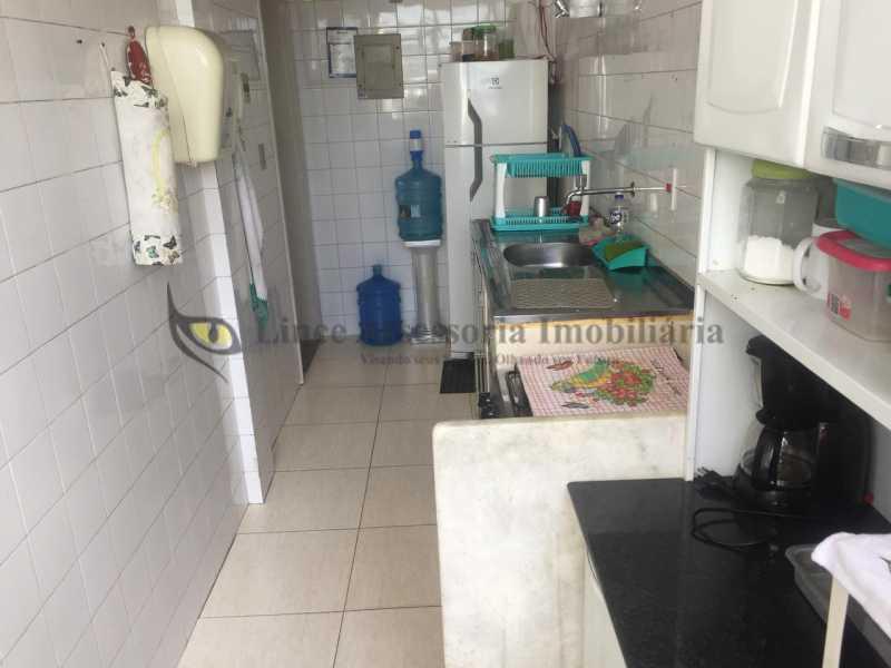 Cozinha e área - Apartamento 2 quartos à venda Maracanã, Norte,Rio de Janeiro - R$ 220.000 - TAAP22540 - 22