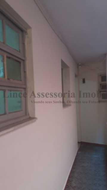 Circulação - Kitnet/Conjugado 22m² à venda Centro,RJ - R$ 148.000 - TAKI10031 - 23