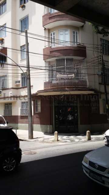 Entrada principal do prédio - Kitnet/Conjugado 20m² à venda Rio Comprido, Norte,Rio de Janeiro - R$ 125.000 - TAKI00097 - 14