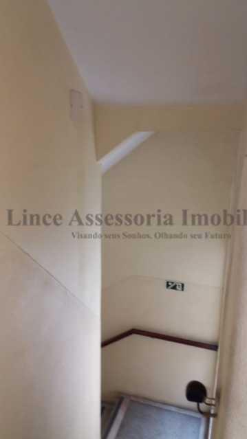 escada do prédio - Kitnet/Conjugado 20m² à venda Rio Comprido, Norte,Rio de Janeiro - R$ 125.000 - TAKI00097 - 16