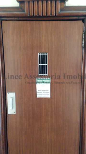 porta do elevaddoar - Kitnet/Conjugado 20m² à venda Rio Comprido, Norte,Rio de Janeiro - R$ 125.000 - TAKI00097 - 19