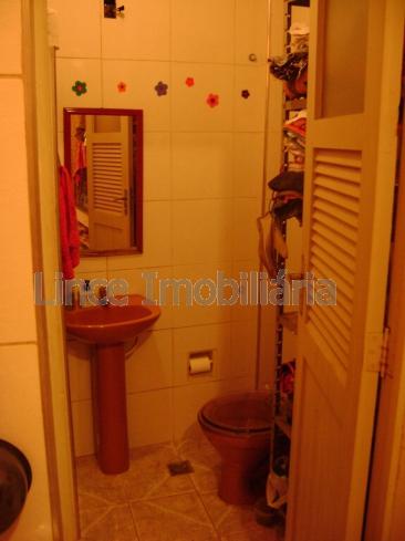 12banheiro1 - Casa Rio Comprido,Norte,Rio de Janeiro,RJ À Venda,3 Quartos,209m² - TR30096 - 14