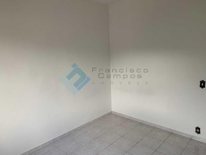 IMG_7703 - Dr leal, sala e quarto com vaga garagem - MEAP10011 - 9