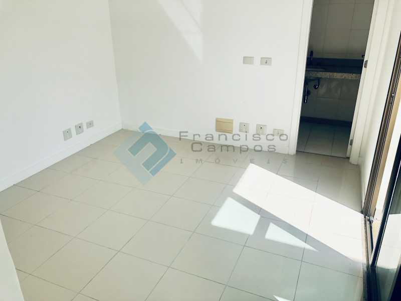 IMG_4093 - Cobertura Luxo oportunidade no condominio peninsula (Duplex) - MECO40003 - 13