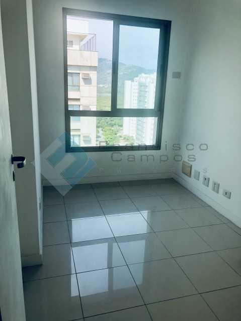 IMG_4615 - Cobertura Luxo oportunidade no condominio peninsula (Duplex) - MECO40003 - 14