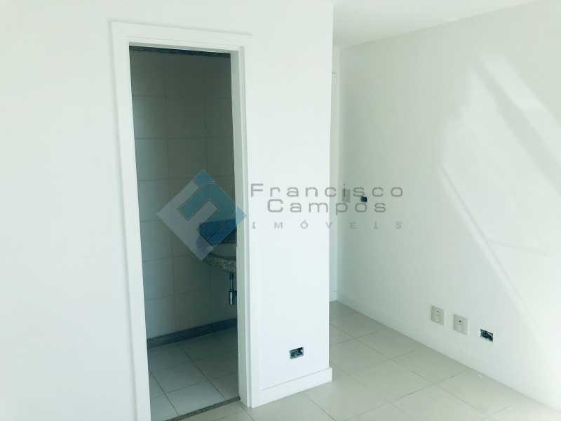 IMG_6583 - Cobertura Luxo oportunidade no condominio peninsula (Duplex) - MECO40003 - 23
