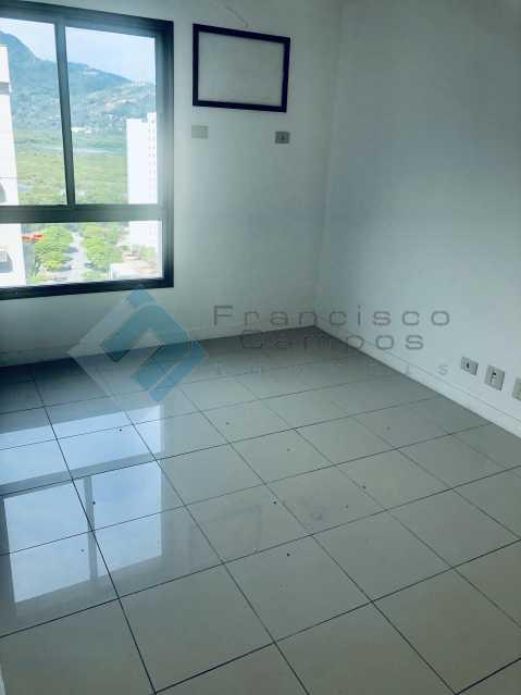 IMG_9645 - Cobertura Luxo oportunidade no condominio peninsula (Duplex) - MECO40003 - 28