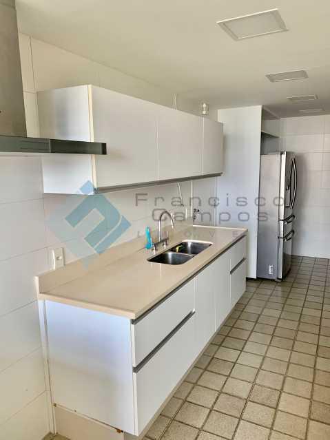 IMG_3477 - Apartamento Barra da Tijuca, Rio de Janeiro, RJ À Venda, 3 Quartos, 215m² - MEAP30043 - 19
