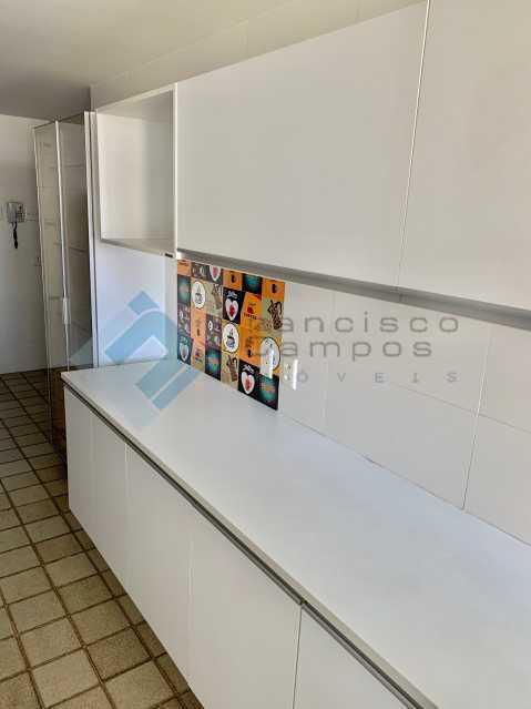 IMG_3478 - Apartamento Barra da Tijuca, Rio de Janeiro, RJ À Venda, 3 Quartos, 215m² - MEAP30043 - 21