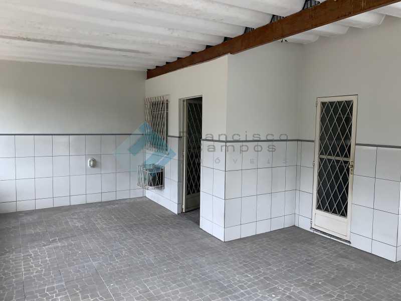 IMG_2154 - Casa de Vila à venda Rua Sidônio País,Cascadura, Rio de Janeiro - R$ 335.000 - MECV30008 - 10