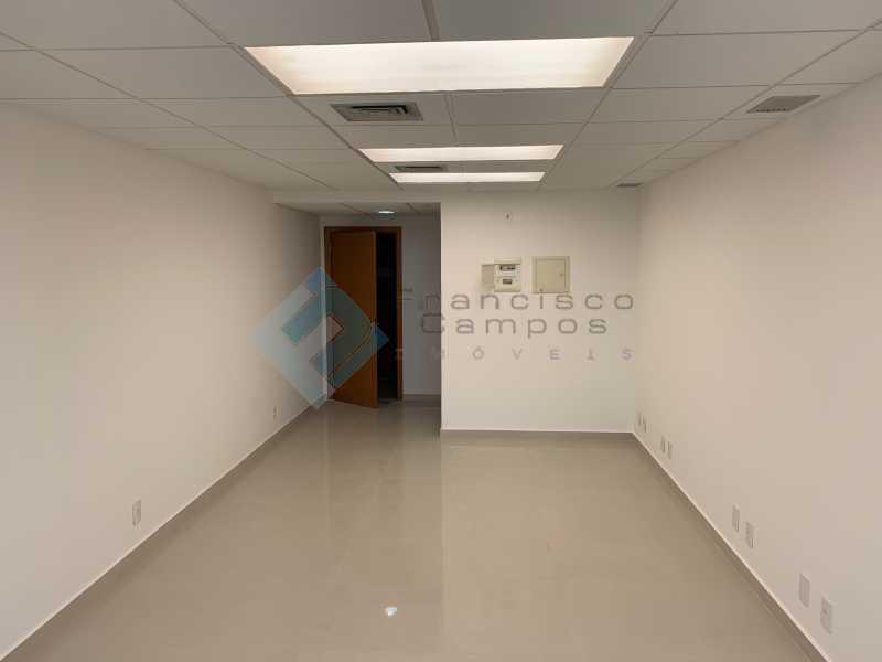 IMG_3820 - Sala Comercial 31m² para venda e aluguel Barra da Tijuca, Rio de Janeiro - R$ 190.000 - MESL00009 - 3