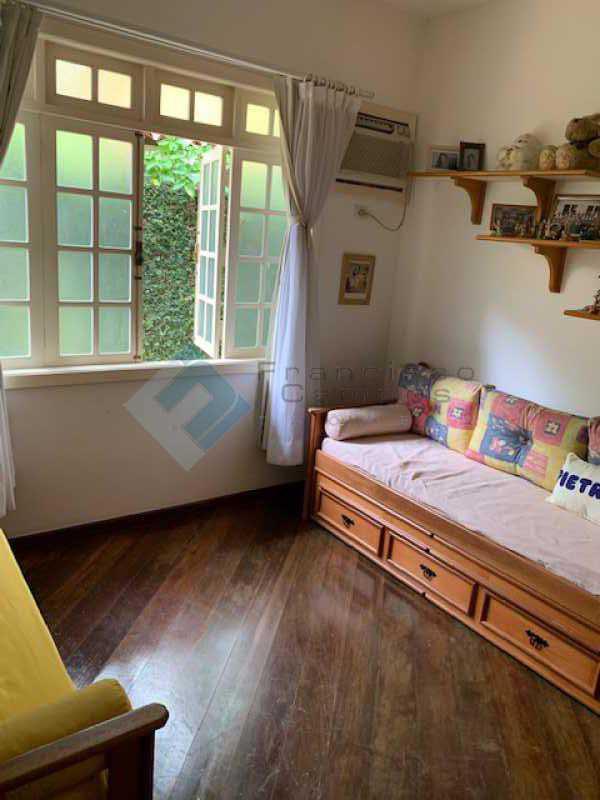 IMG_0052 - Casa linear 5 suítes condomínio Itanhagá - MECN50003 - 13