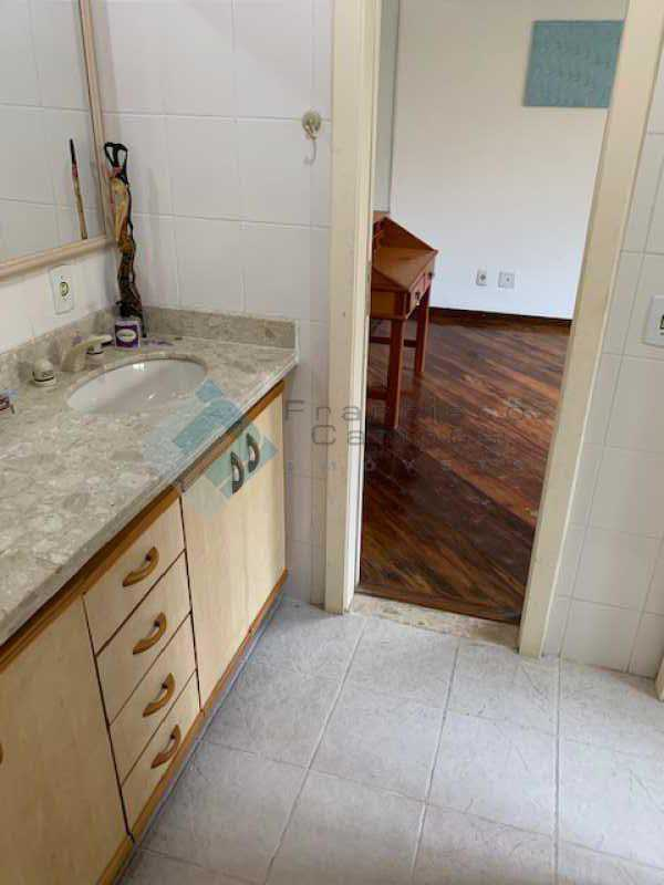 IMG_0054 - Casa linear 5 suítes condomínio Itanhagá - MECN50003 - 15