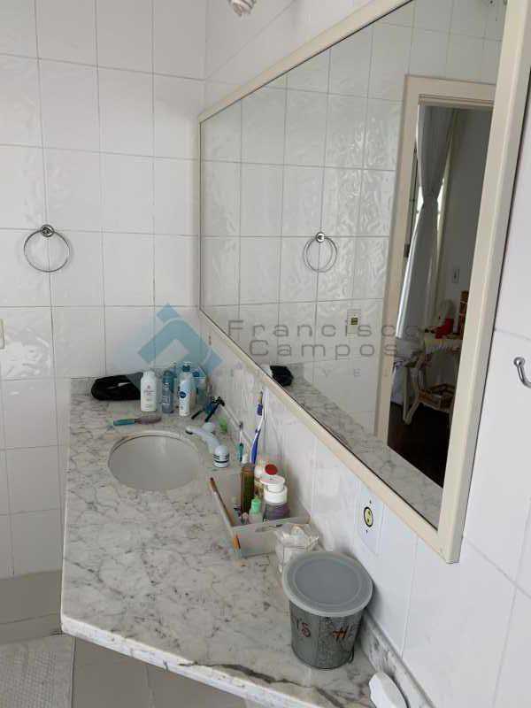 IMG-0047 - Casa linear 5 suítes condomínio Itanhagá - MECN50003 - 21