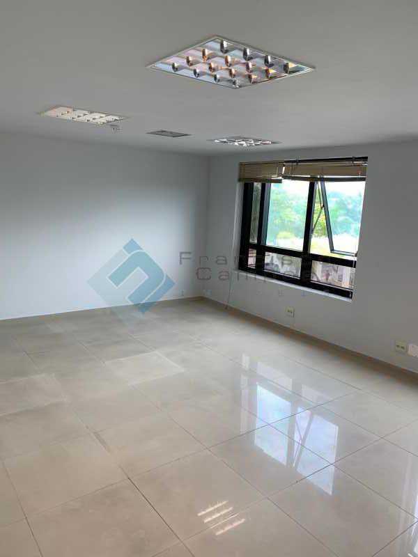 IMG_0613 - Centro empresarial Barrashopping - MESL00011 - 8