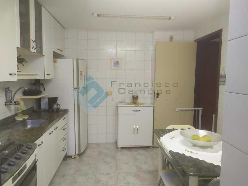 1615391277677 - Rua Dr Leal, 2 quartos próximo linha amarela - MEAP20129 - 11