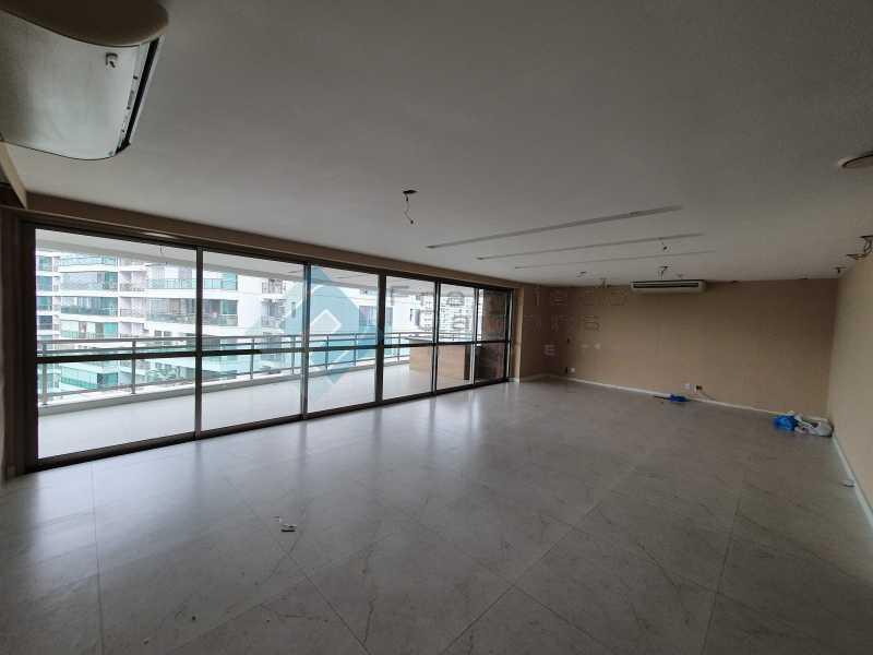 20210315_163952 - Apartamento À venda no condomínio Saint Barth Península, 4 suítes. - MEAP40037 - 1