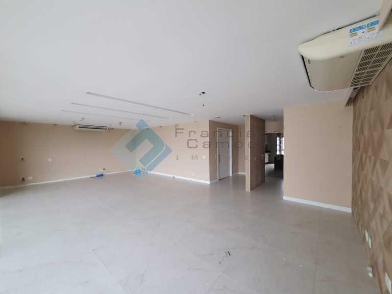20210315_164003 - Apartamento À venda no condomínio Saint Barth Península, 4 suítes. - MEAP40037 - 4