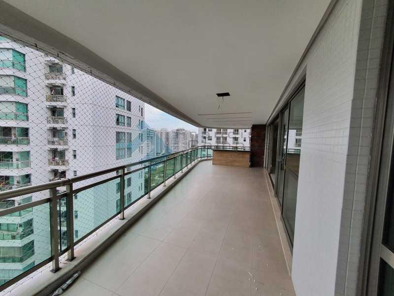 20210315_164035 - Apartamento À venda no condomínio Saint Barth Península, 4 suítes. - MEAP40037 - 6