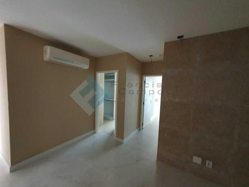 20210315_164152 - Apartamento À venda no condomínio Saint Barth Península, 4 suítes. - MEAP40037 - 8