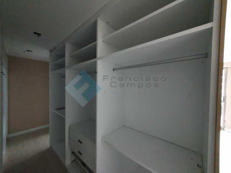 20210315_164303 - Apartamento À venda no condomínio Saint Barth Península, 4 suítes. - MEAP40037 - 14