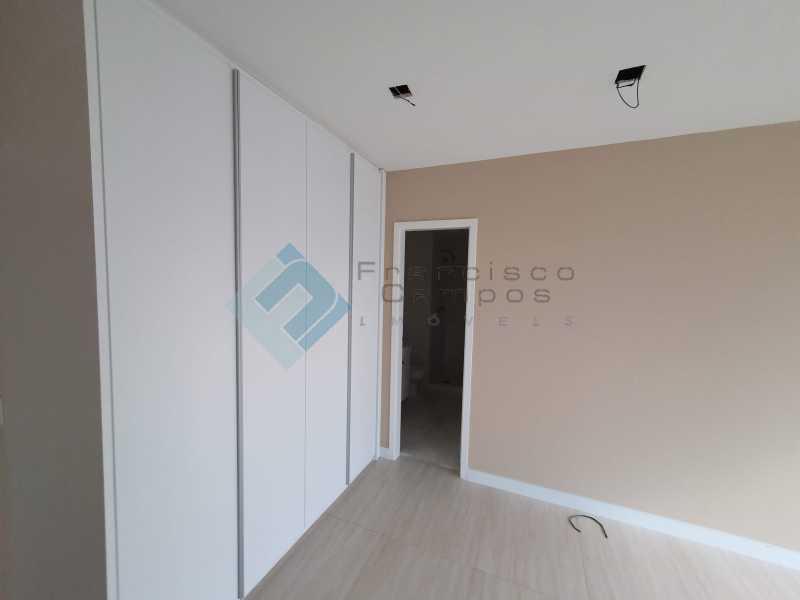 20210315_164358 - Apartamento À venda no condomínio Saint Barth Península, 4 suítes. - MEAP40037 - 15