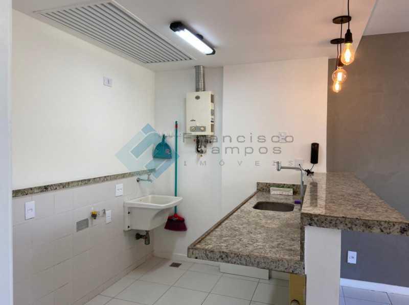 PHOTO-2021-04-23-10-15-04 - Barra da Tijuca, Vila do Pam, sala e quarto - MEAP10024 - 15