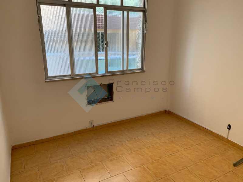 IMG_8395 - Meier, sala e 2 quartos(dependência revertida) - MEAP20131 - 5