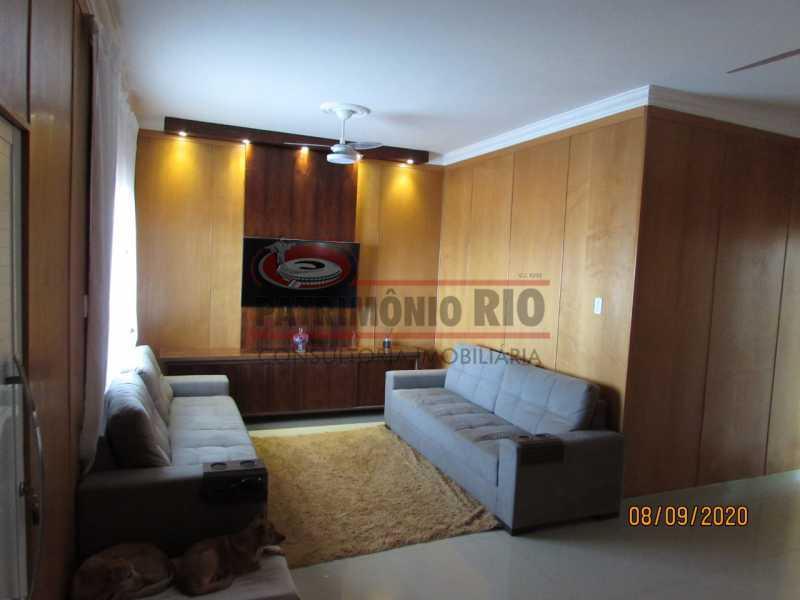 1 - Casa Cinematográfica em Braz de Pina, única no terreno(340M²) com varandão, 3quartos, suíte, terraço com churrasqueira - PACA30516 - 1