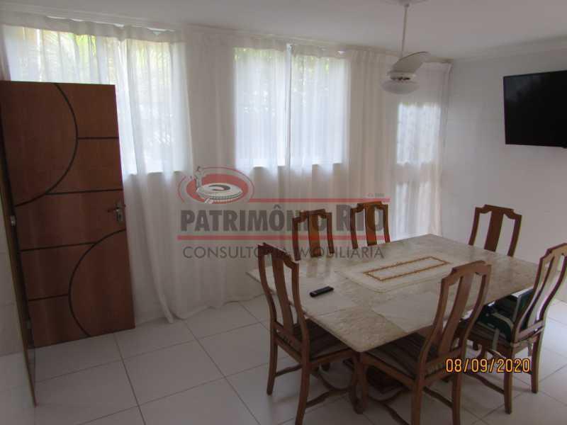 27 - Casa Cinematográfica em Braz de Pina, única no terreno(340M²) com varandão, 3quartos, suíte, terraço com churrasqueira - PACA30516 - 28