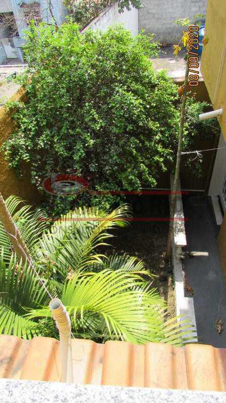28 - Casa Cinematográfica em Braz de Pina, única no terreno(340M²) com varandão, 3quartos, suíte, terraço com churrasqueira - PACA30516 - 29