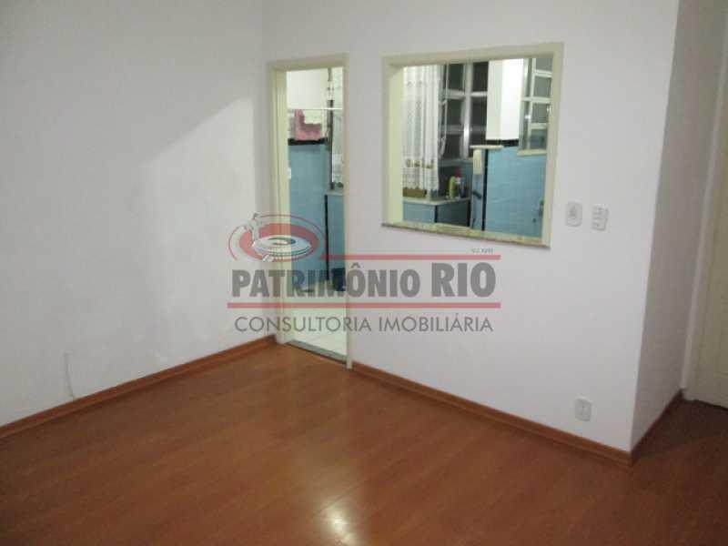01 - Sala, quarto na Vila da Penha, colado Shopping Carioca - PAAP10468 - 1