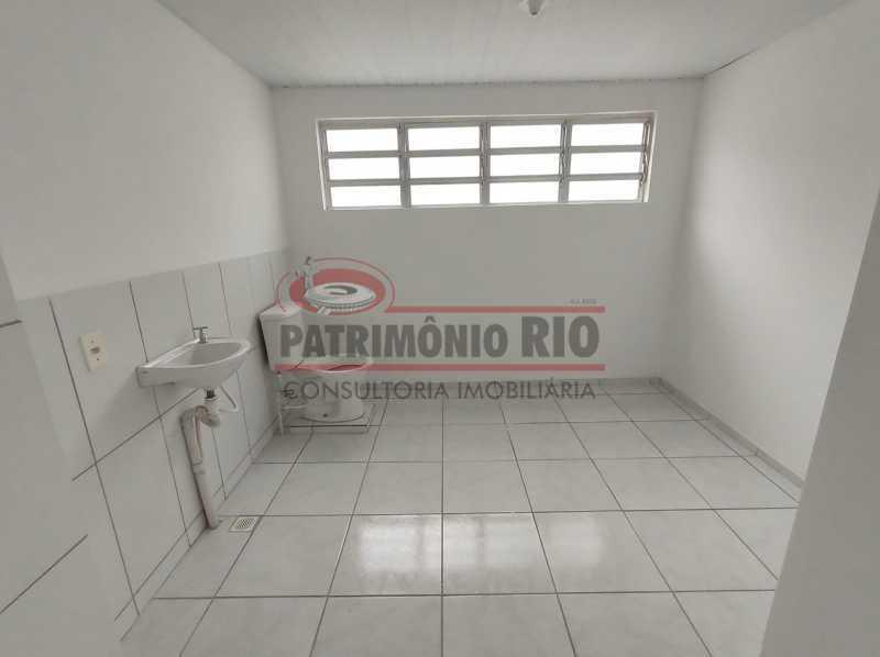16 - Apto, térreo, Rocha Miranda, 1 quarto, 1 vaga e financia - PAAP10518 - 19