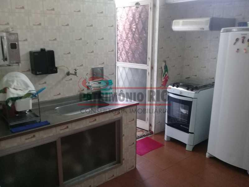 29 - Bom apartamento em Vaz Lobo com qtos próximo da Rua Agrário de Menezes - PAAP22715 - 30