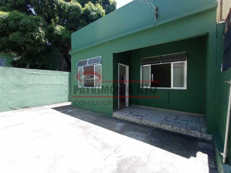 34 - Casa Linear, Vicente de Carvalho, 2quartos, quintal, financiando! - PACA20441 - 1