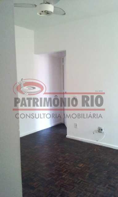02. - Excelente apartamento, vazio, térreo, sol da manhã, sala, 2qtos - PAAP30773 - 3