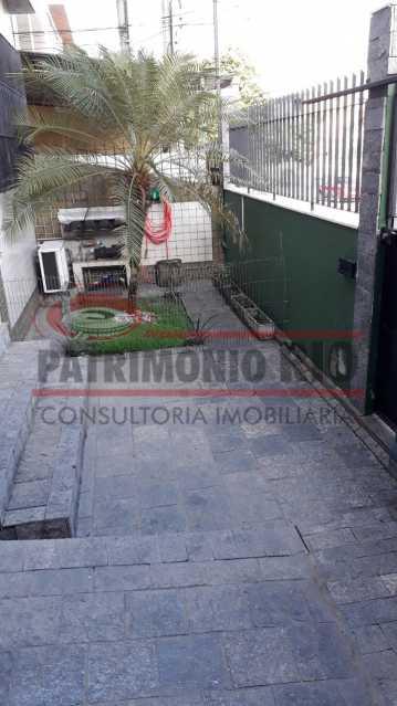 Varanda na frente  - Belíssima Casa Linear com terraço - PACA30411 - 18