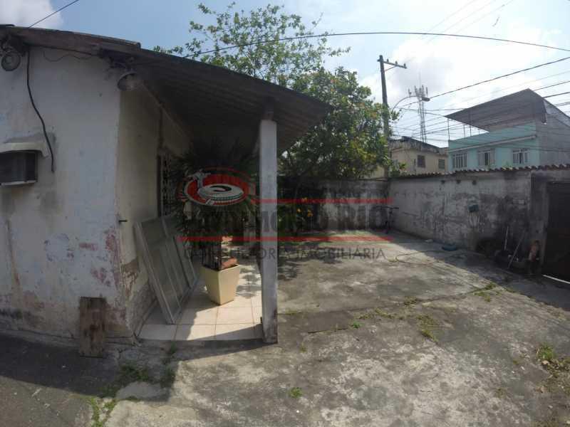 4 - Varanda frontal. - Casa linear de 2qtos - juntinho do Shopping Guadalupe. - PACA20493 - 5